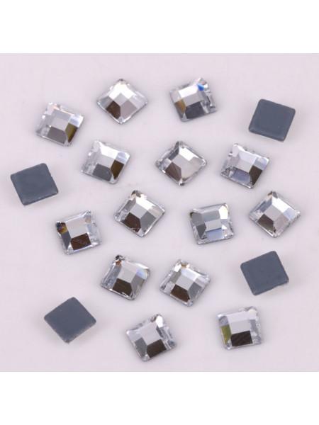 Стразы для ногтей квадрат 2мм. Crystal 10шт.
